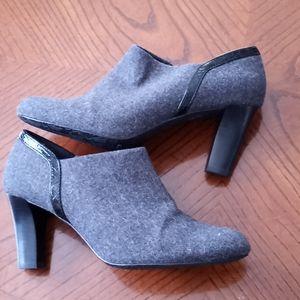 Liz Claiborne Gray Bootie Heels